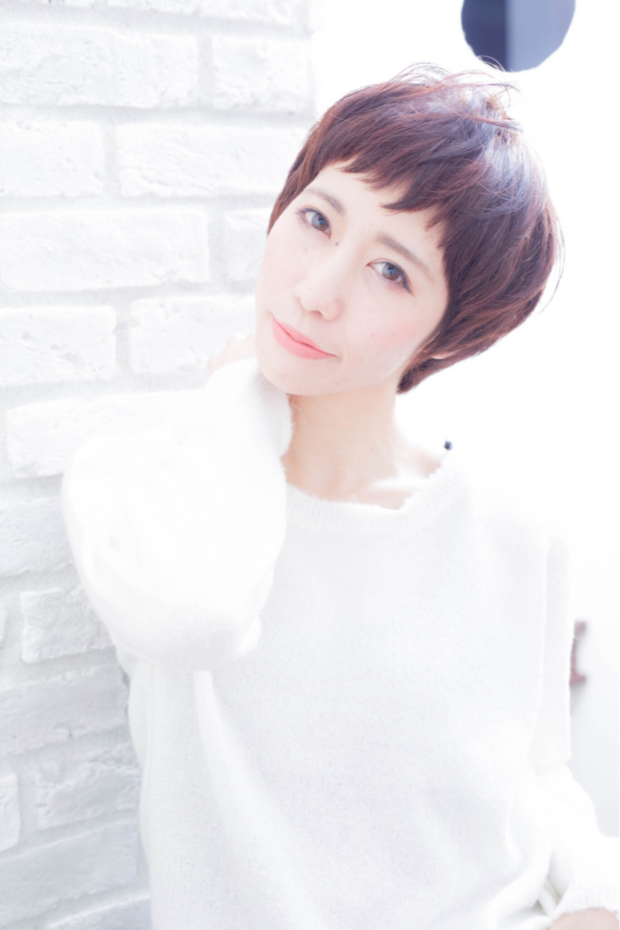 髪型 ショート 女性 40代