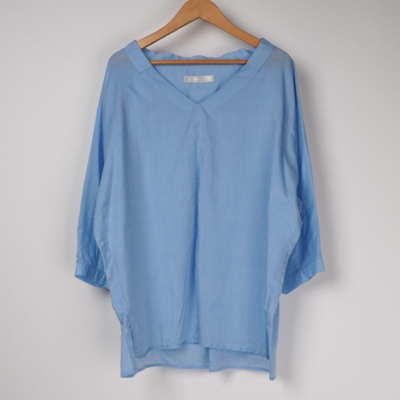 寒色&ミリタリーシャツはかっちりめでもOK! 出典:airCloset