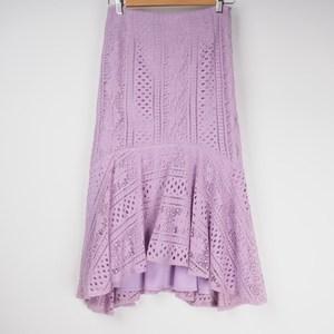 4、女っぽスカート 出典:airCloset