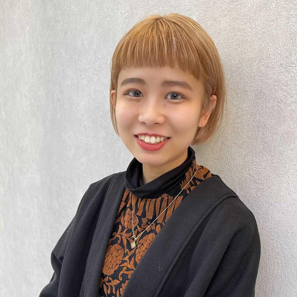 Stylist 岡崎未夢