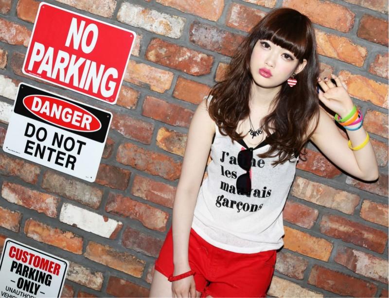 ストリート・カジュアル大好き♡おしゃれヘアカラーでみせる人気のヘアスタイル! Eriko Sugishita