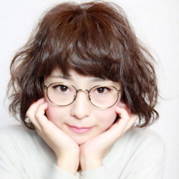 トレンドガールに大変身☆おしゃれメガネに似合う前髪はこれだ! 荒木翔多/アライフ