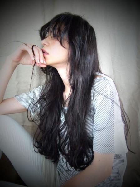 真冬のヘアカラーは黒髪で決まり!?黒髪でオンナ度UPを狙え♡ 津崎 伸二/nanuk
