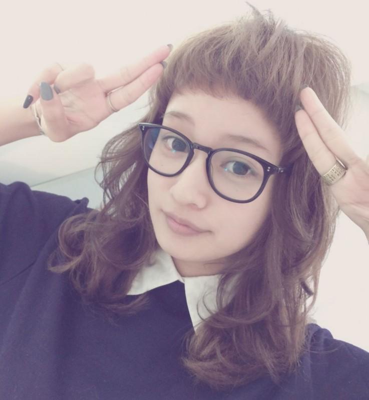 トレンドガールに大変身☆おしゃれメガネに似合う前髪はこれだ!