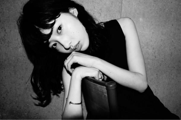 今が旬!小松菜奈ちゃん・中条あやみちゃんに見習う、黒髪ロングヘアスタイル♡ YAMASHITA / nanuk