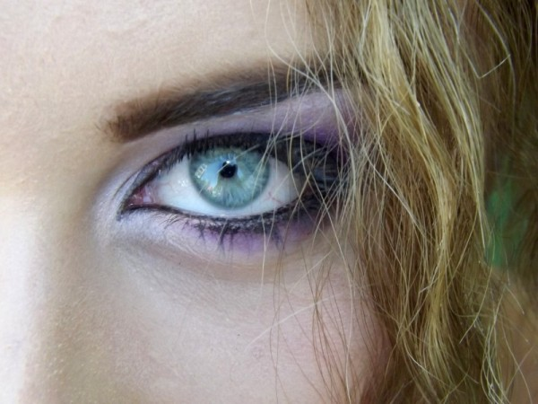 close-up-of-womans-eye