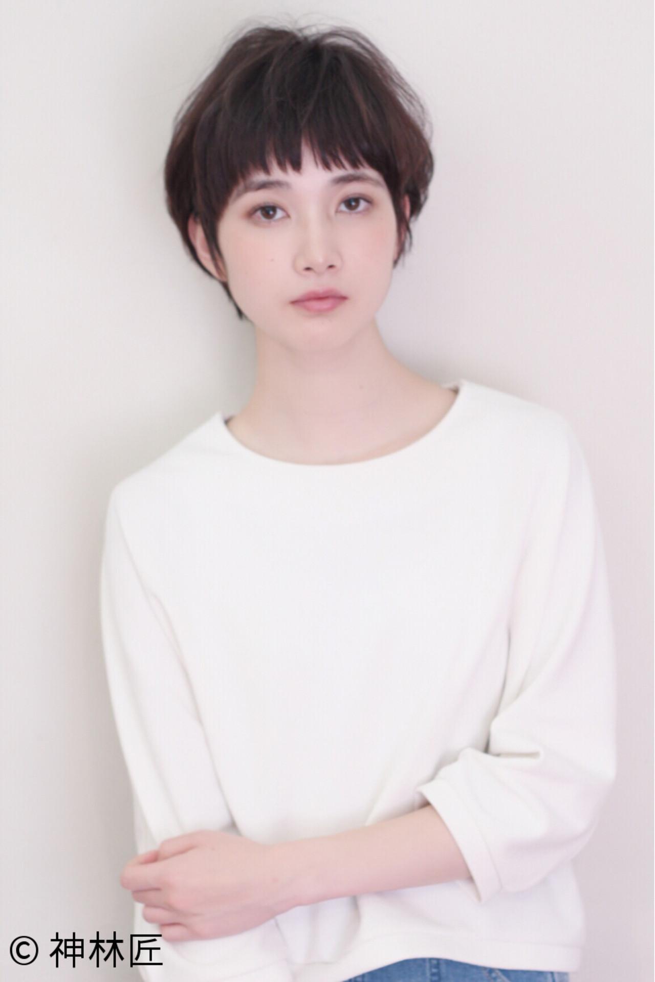 大人女子 ナチュラル 小顔 ショート ヘアスタイルや髪型の写真・画像