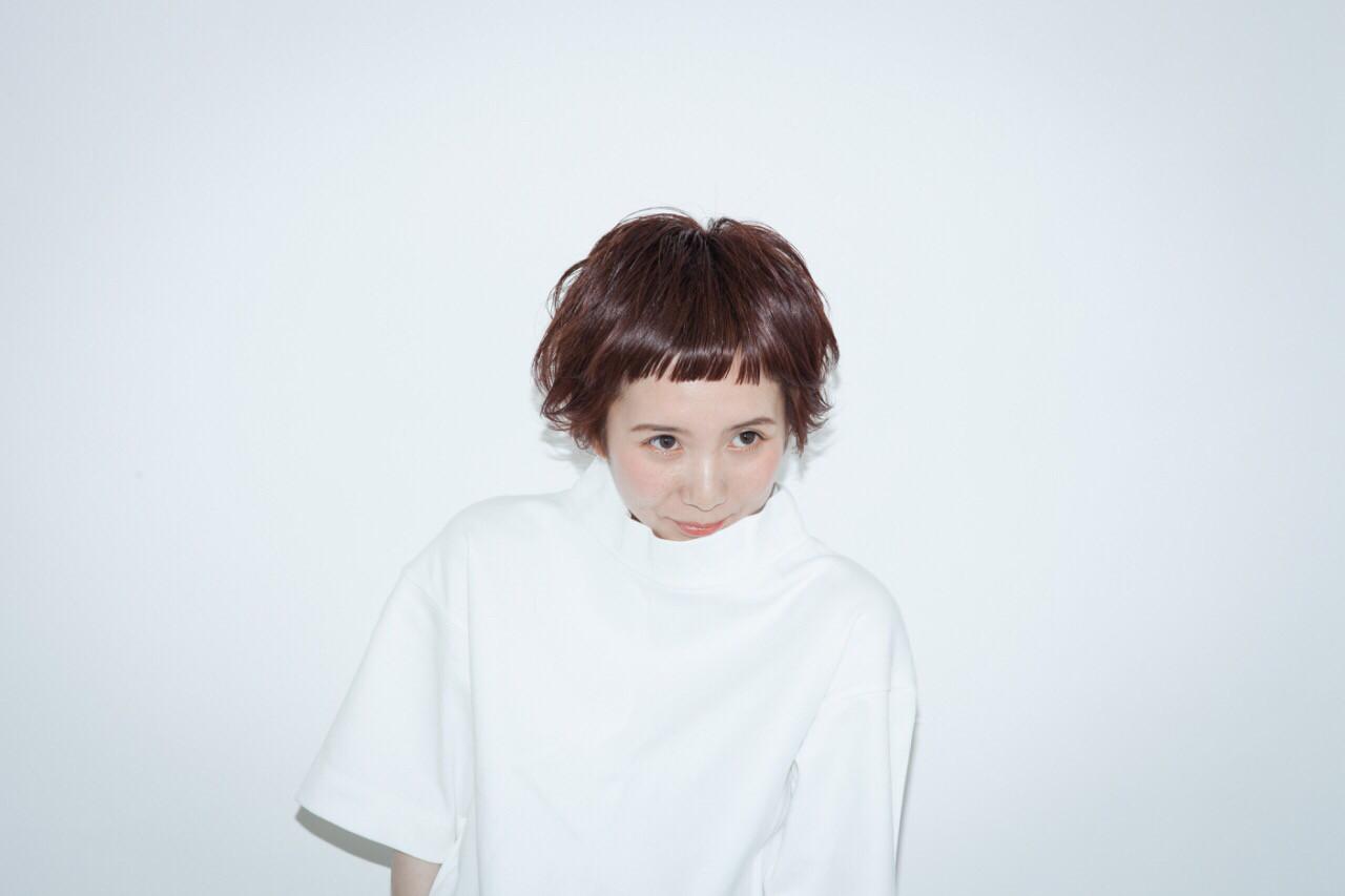 ストリート 小顔 ショート 前髪パッツン ヘアスタイルや髪型の写真・画像