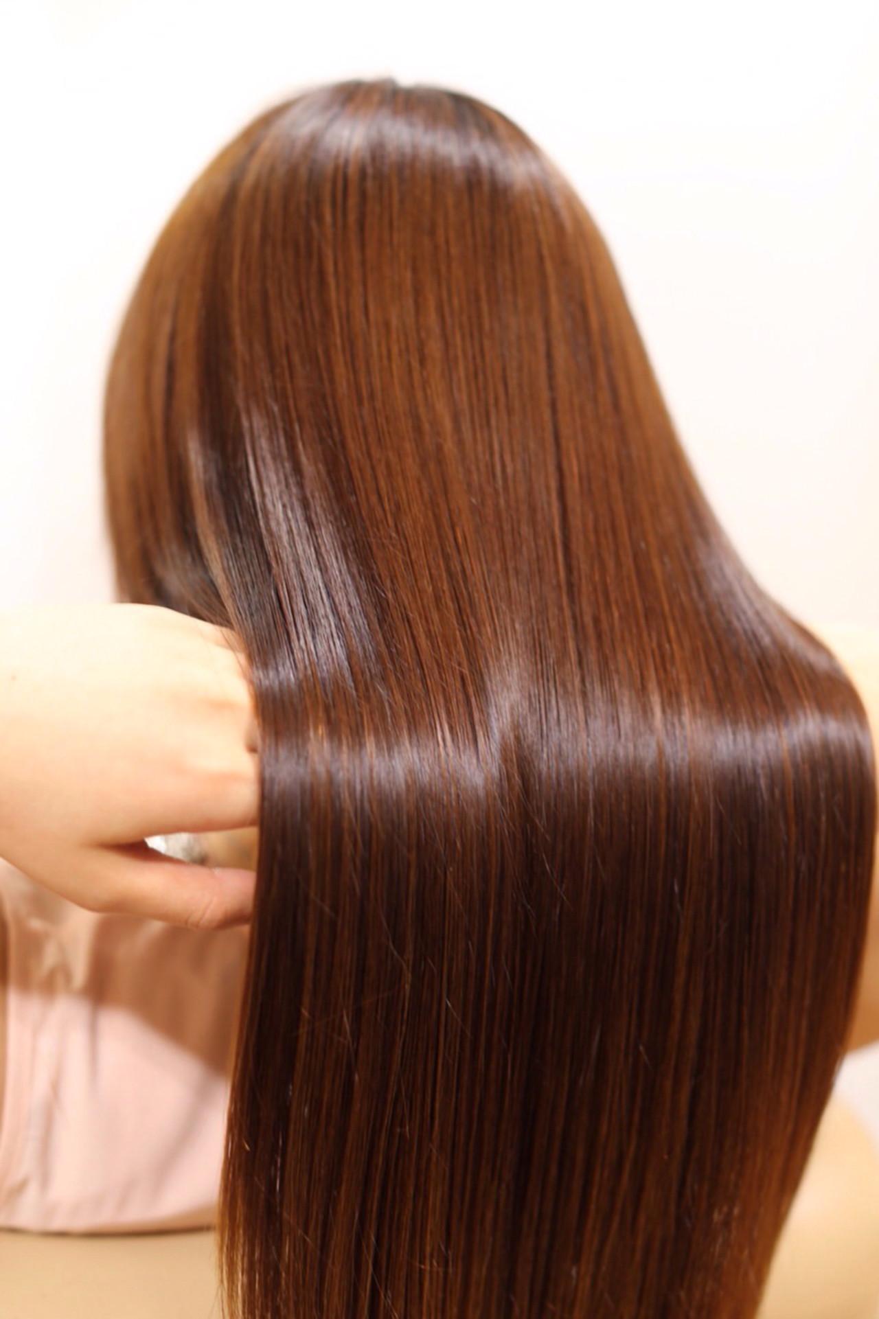 シャンプーはヘアケアの基礎。髪を傷めない正しいシャンプーのやり方  Taku Yokose (Digz hair)