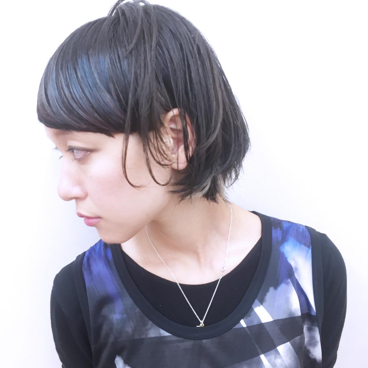 モード ショート 個性的 暗髪 ヘアスタイルや髪型の写真・画像