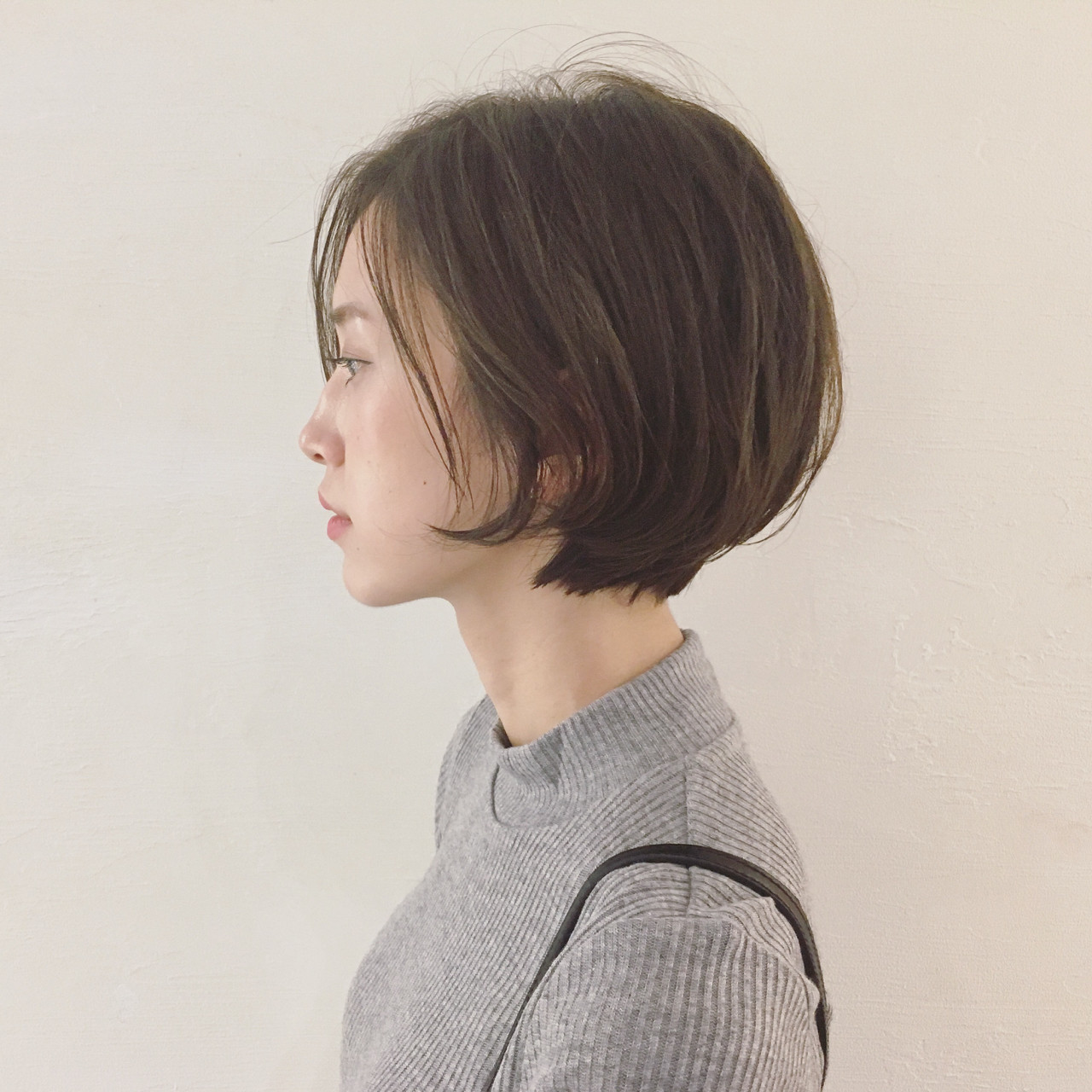 """40代におすすめ。""""前髪なしショート""""で作る大人きれい 三好 佳奈美"""