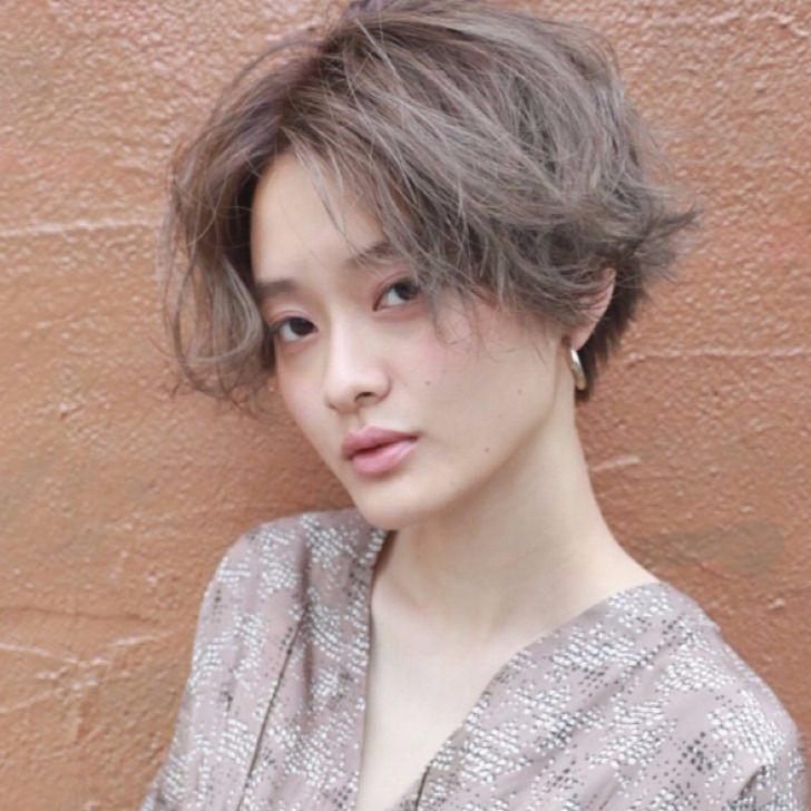 ダブルカラーで透き通る髪色に!人気カラーで周りと差をつけよう♡