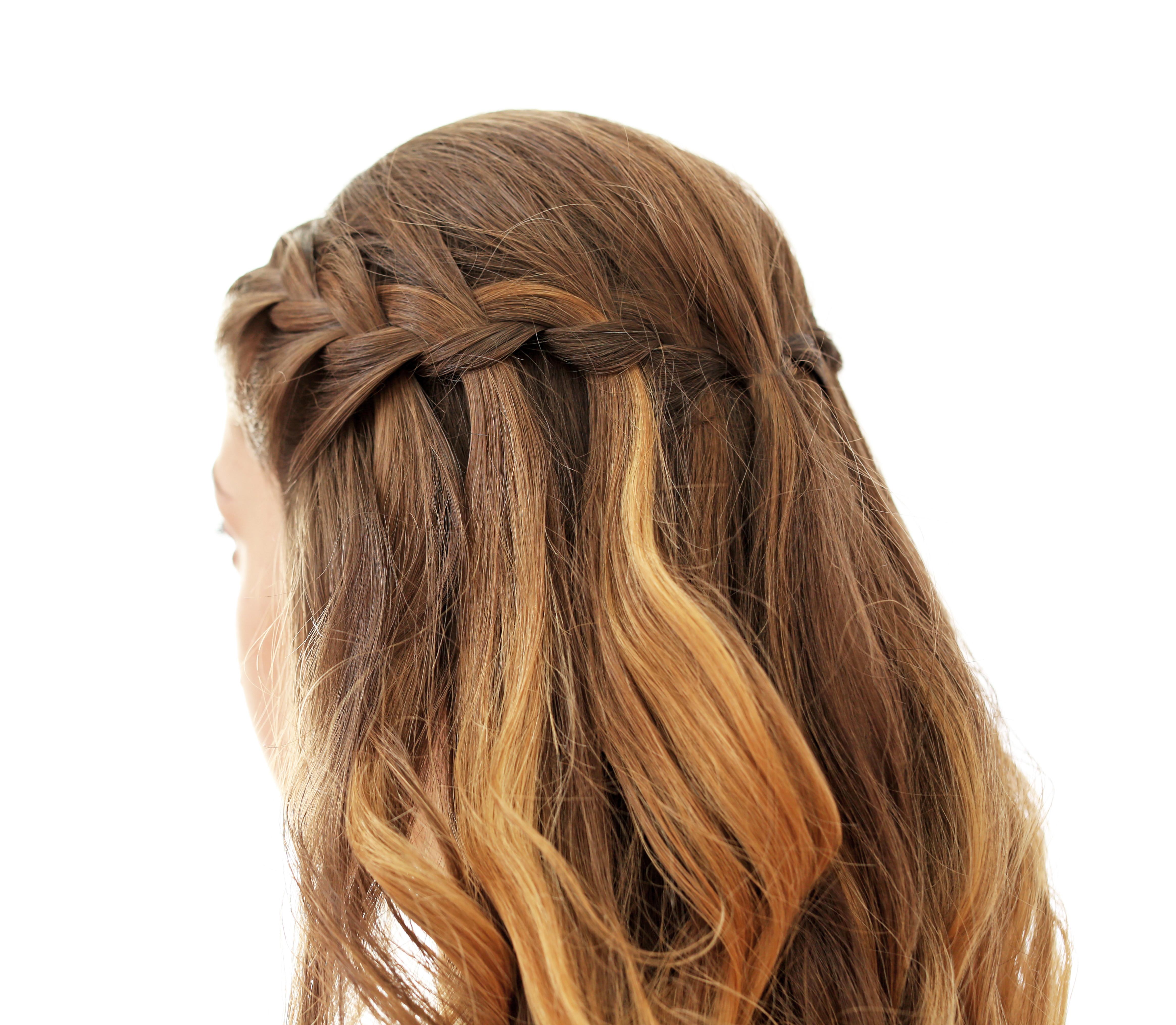 意外と簡単 ウォーターフォールのヘアアレンジ 簡単にできるやり方