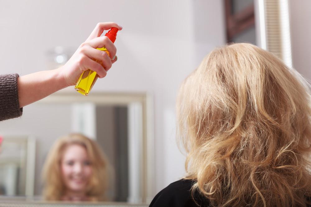 まだ間に合う!エッセンシャルオイルで髪のトラブルを回避する方法