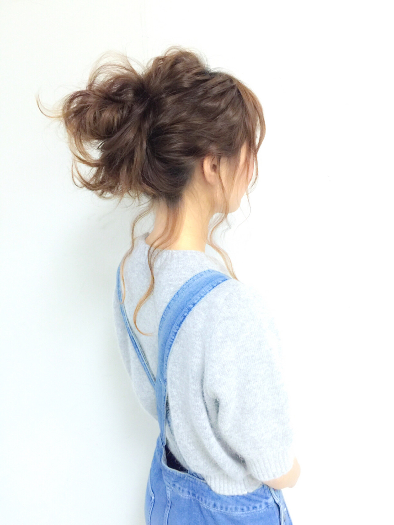 簡単ヘアアレンジ セミロング ゆるふわ ふわふわ ヘアスタイルや髪型の写真・画像