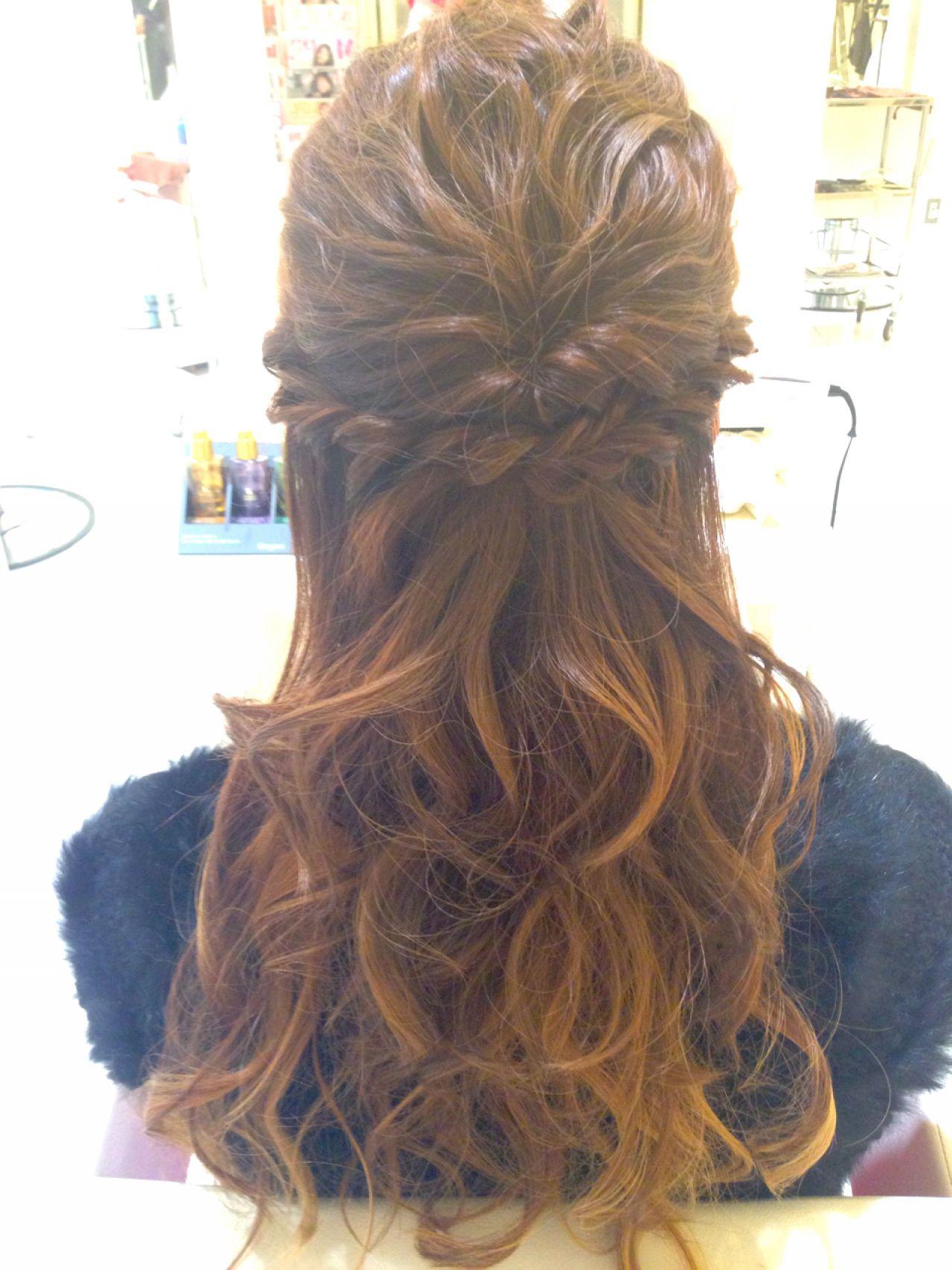 結婚式 波ウェーブ ヘアアレンジ コンサバ ヘアスタイルや髪型の写真・画像