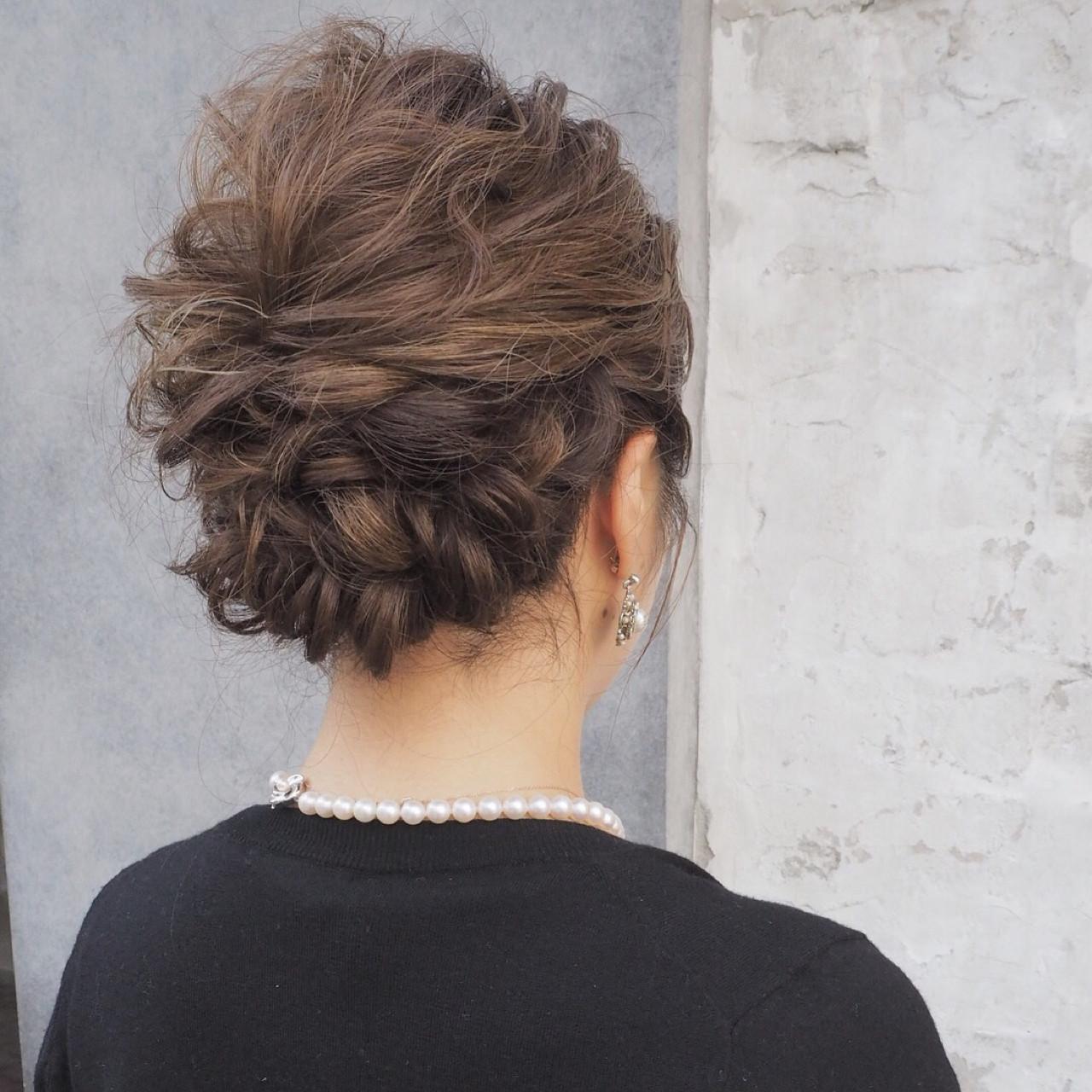 ヘアアレンジ デート 結婚式 ミディアム ヘアスタイルや髪型の写真・画像