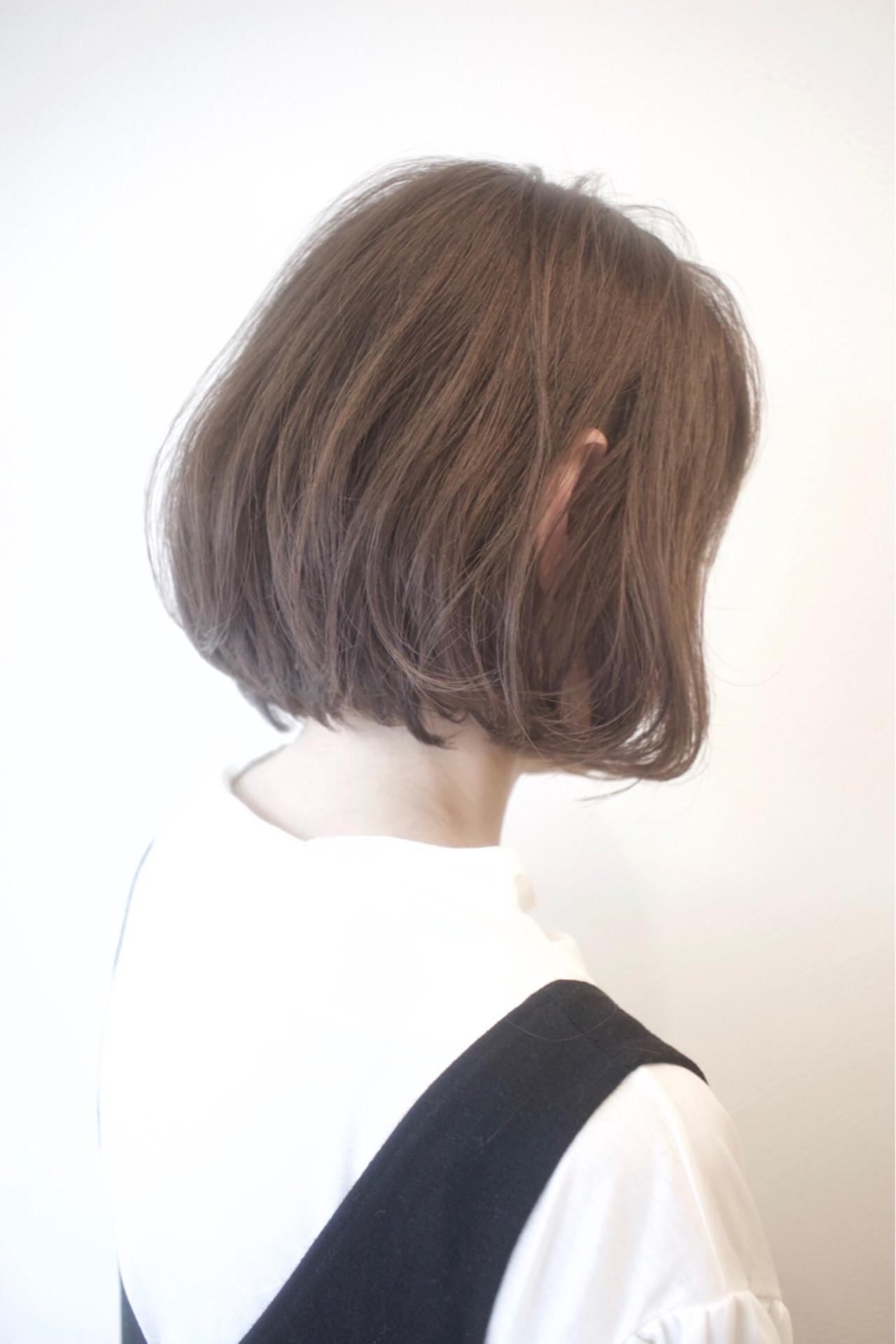 小顔 ショートボブ アッシュ パーマ ヘアスタイルや髪型の写真・画像
