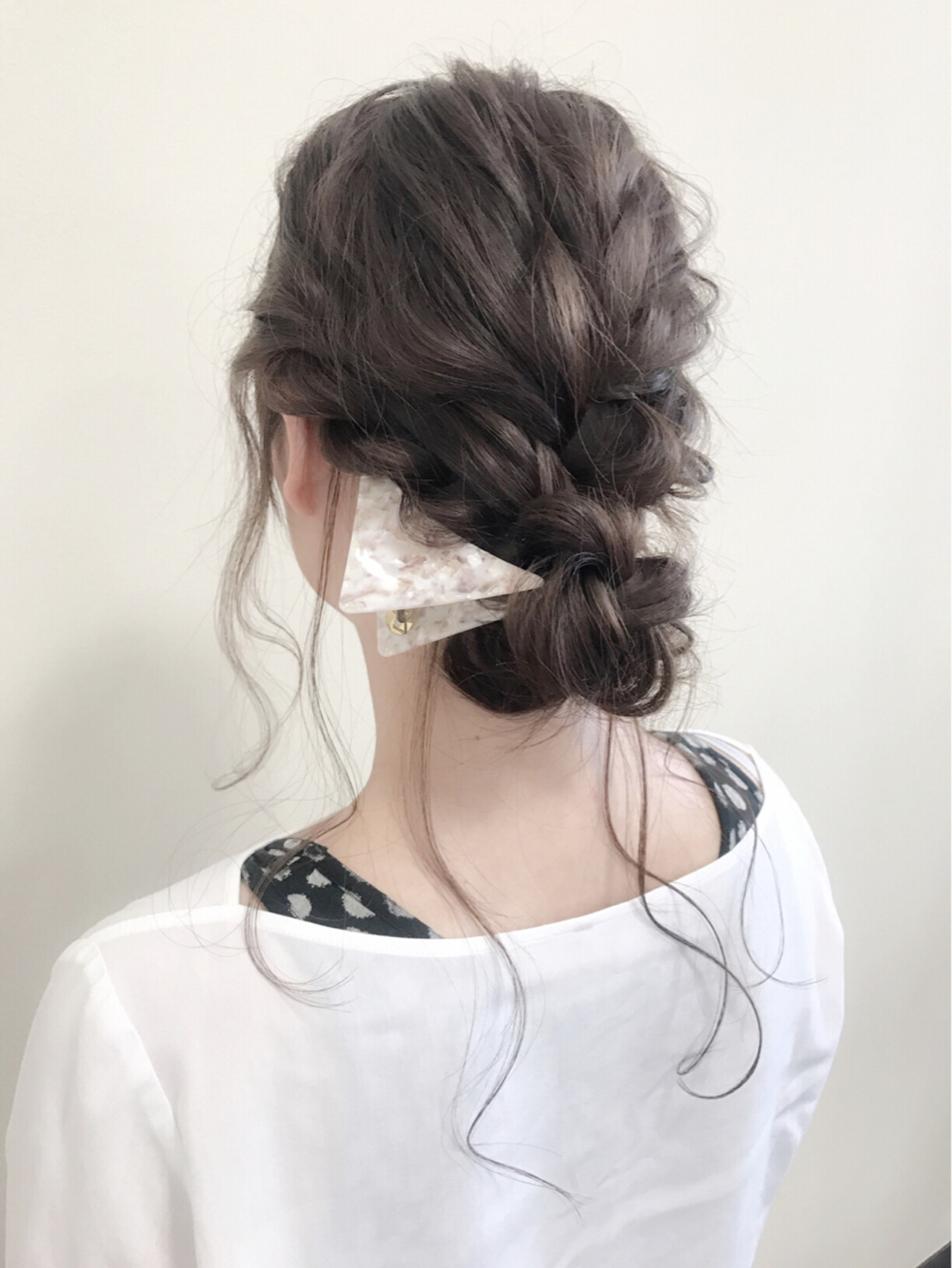 ロング 大人かわいい フェミニン シニヨン ヘアスタイルや髪型の写真・画像