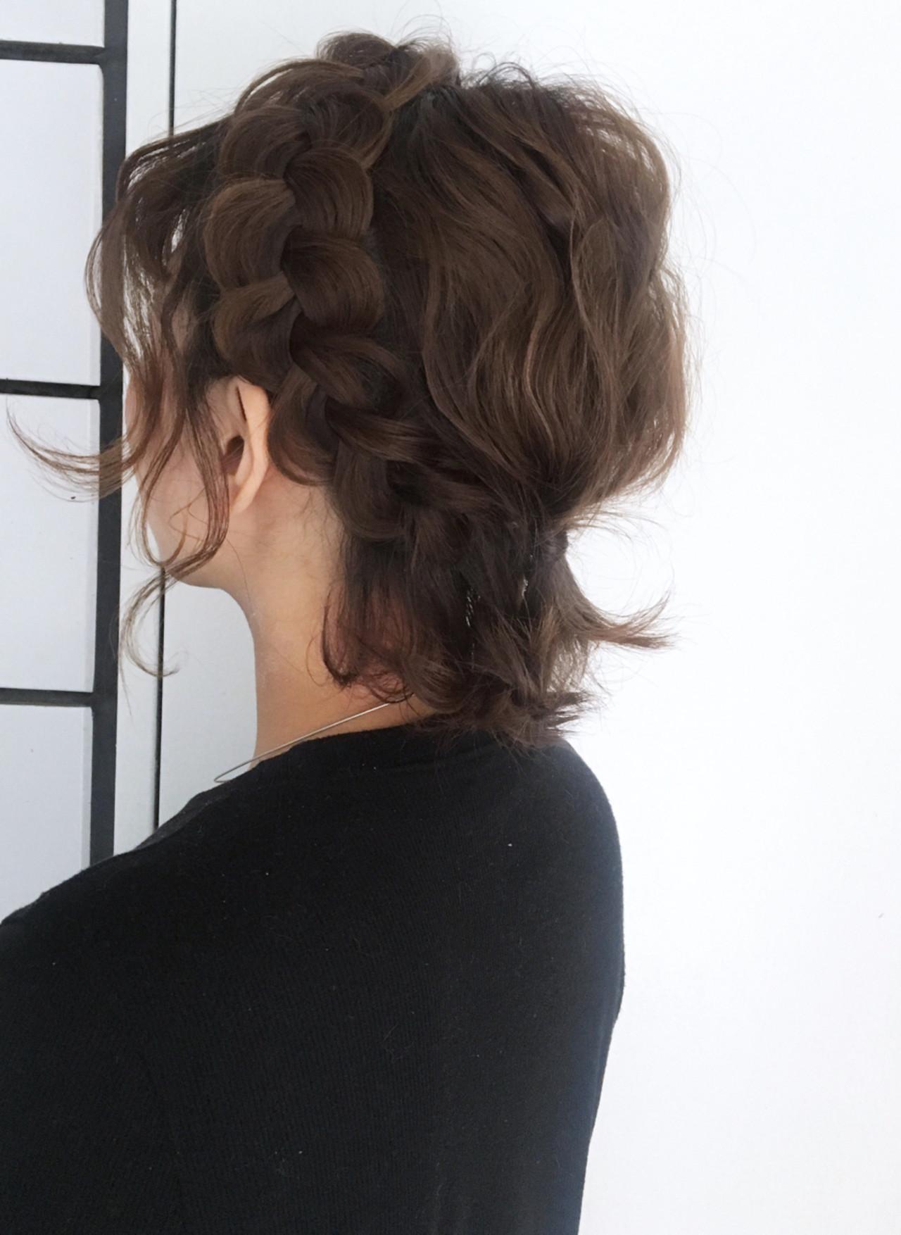 フェミニン ボブ ヘアアレンジ ショート ヘアスタイルや髪型の写真・画像