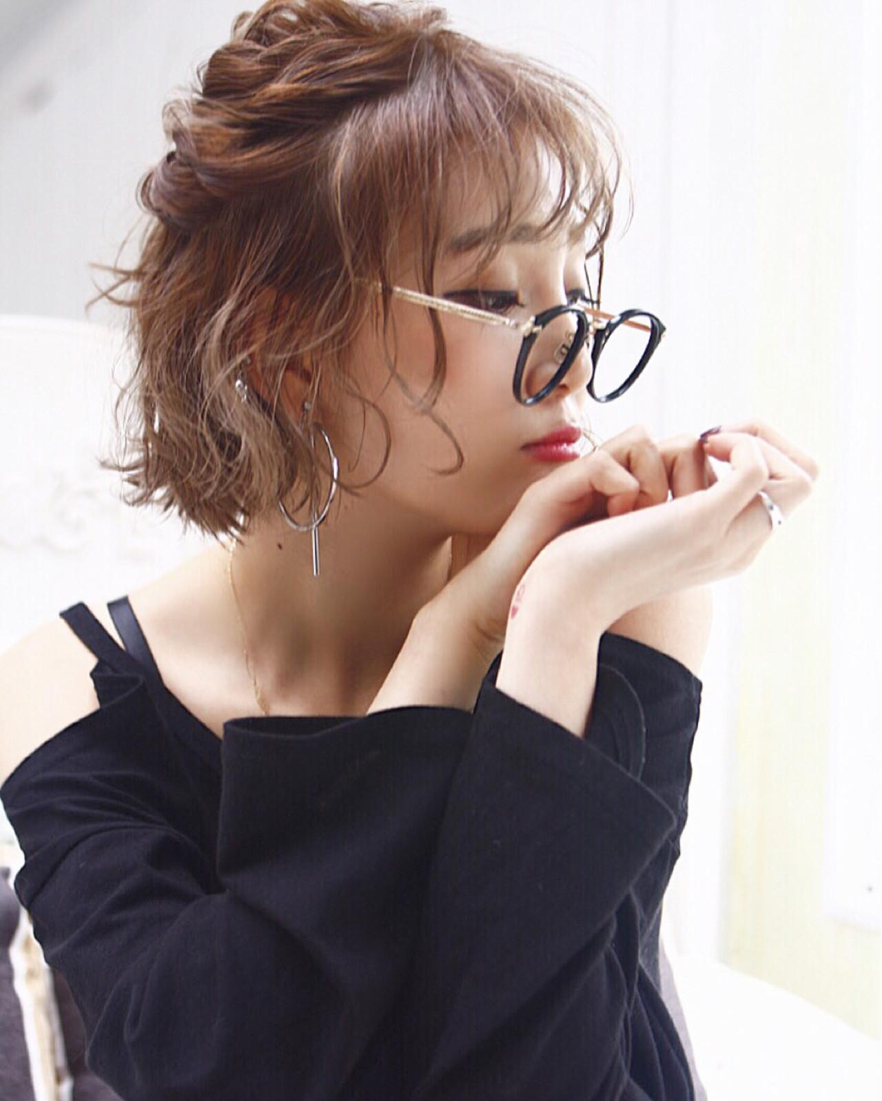 ミディアム モード 秋 簡単ヘアアレンジ ヘアスタイルや髪型の写真・画像