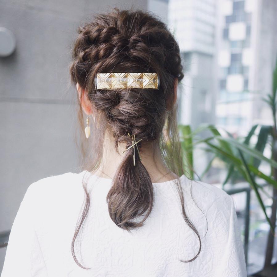 ヘアアクセの使い方とおすすめのヘアアレンジカタログ