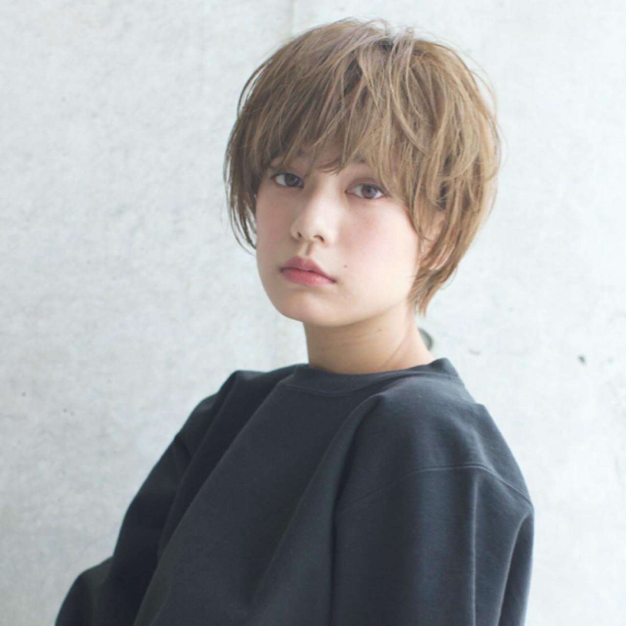 外国人風 ショート アッシュ 透明感 ヘアスタイルや髪型の写真・画像