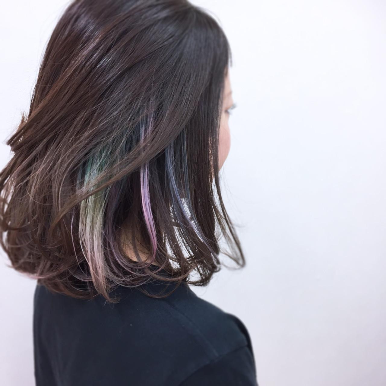 ガーリー カラフルカラー インナーカラー ゆるふわ ヘアスタイルや髪型の写真・画像