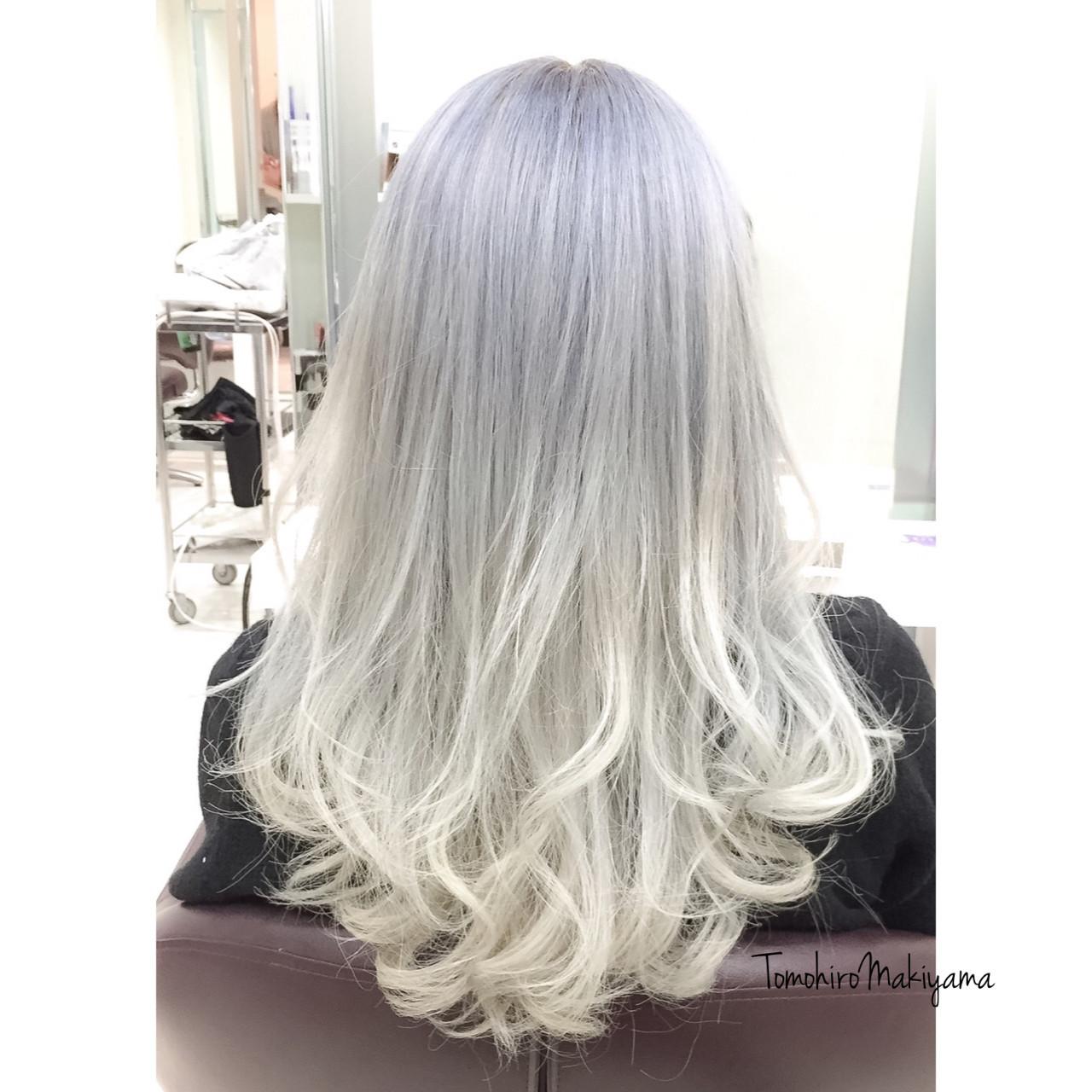 ブリーチ ホワイト ストリート ホワイトアッシュ ヘアスタイルや髪型の写真・画像