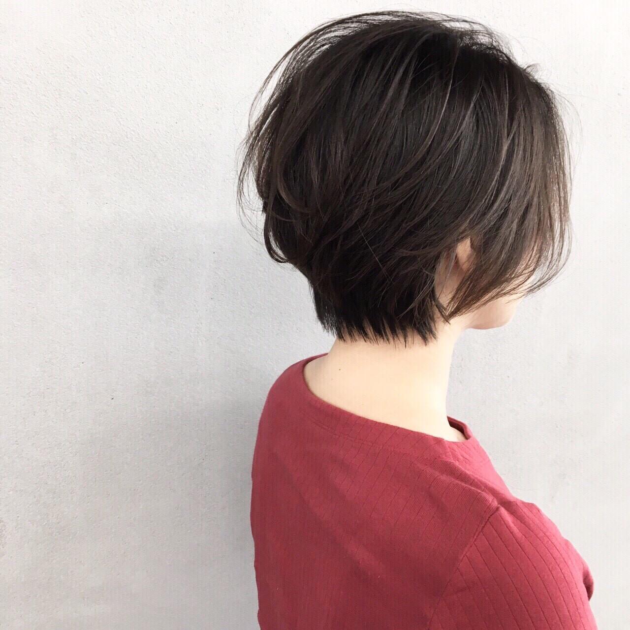 ナチュラル 耳かけ ショート ブルージュ ヘアスタイルや髪型の写真・画像