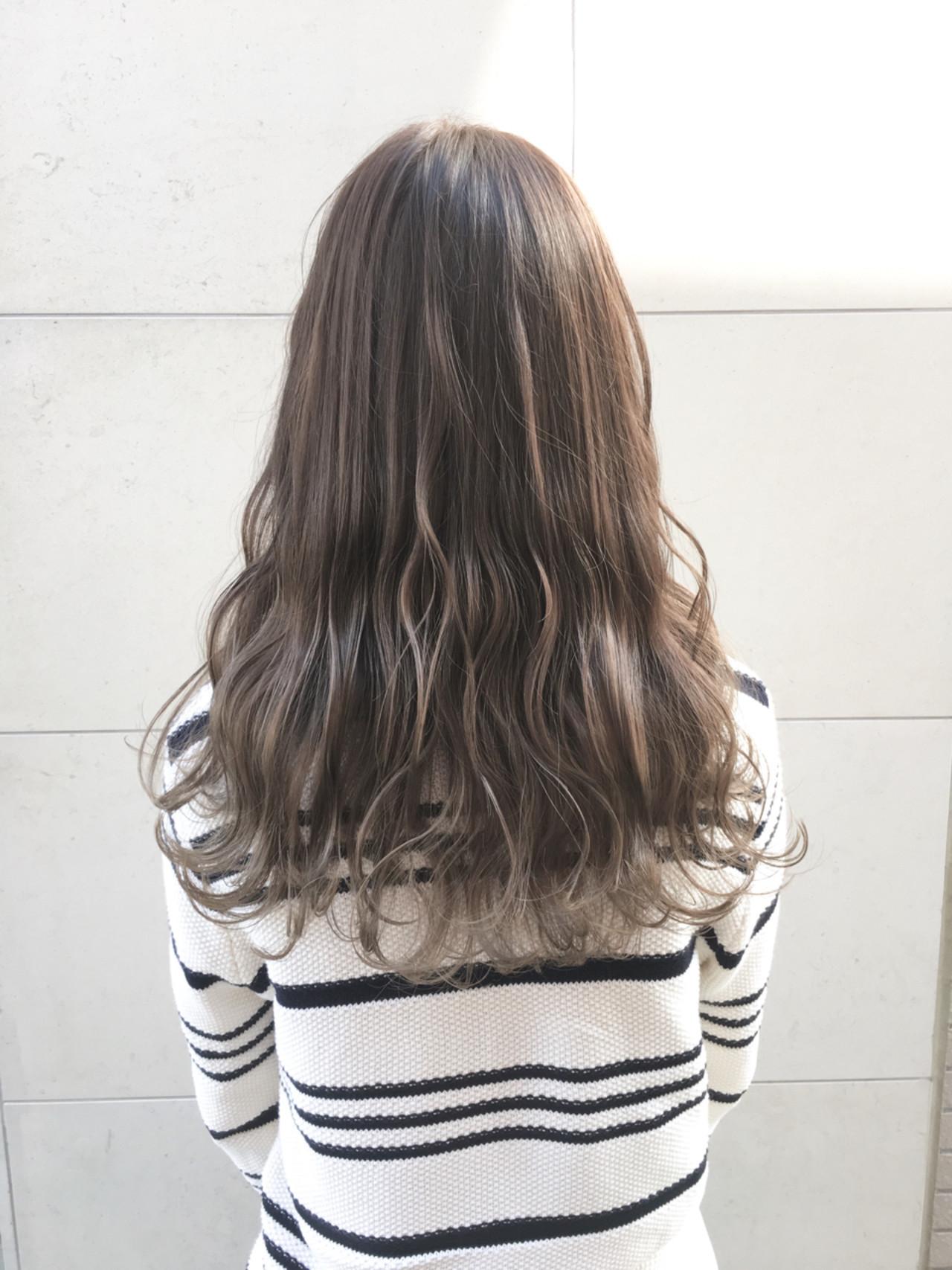 外国人風 外国人風カラー ナチュラル ハイライト ヘアスタイルや髪型の写真・画像