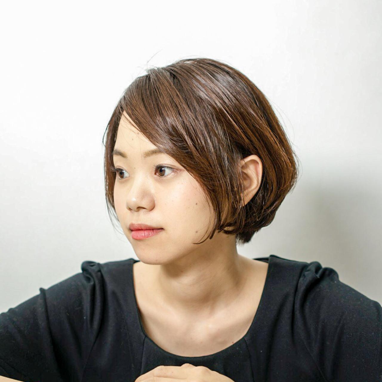 ショート ボブ フェミニン 大人女子 ヘアスタイルや髪型の写真・画像