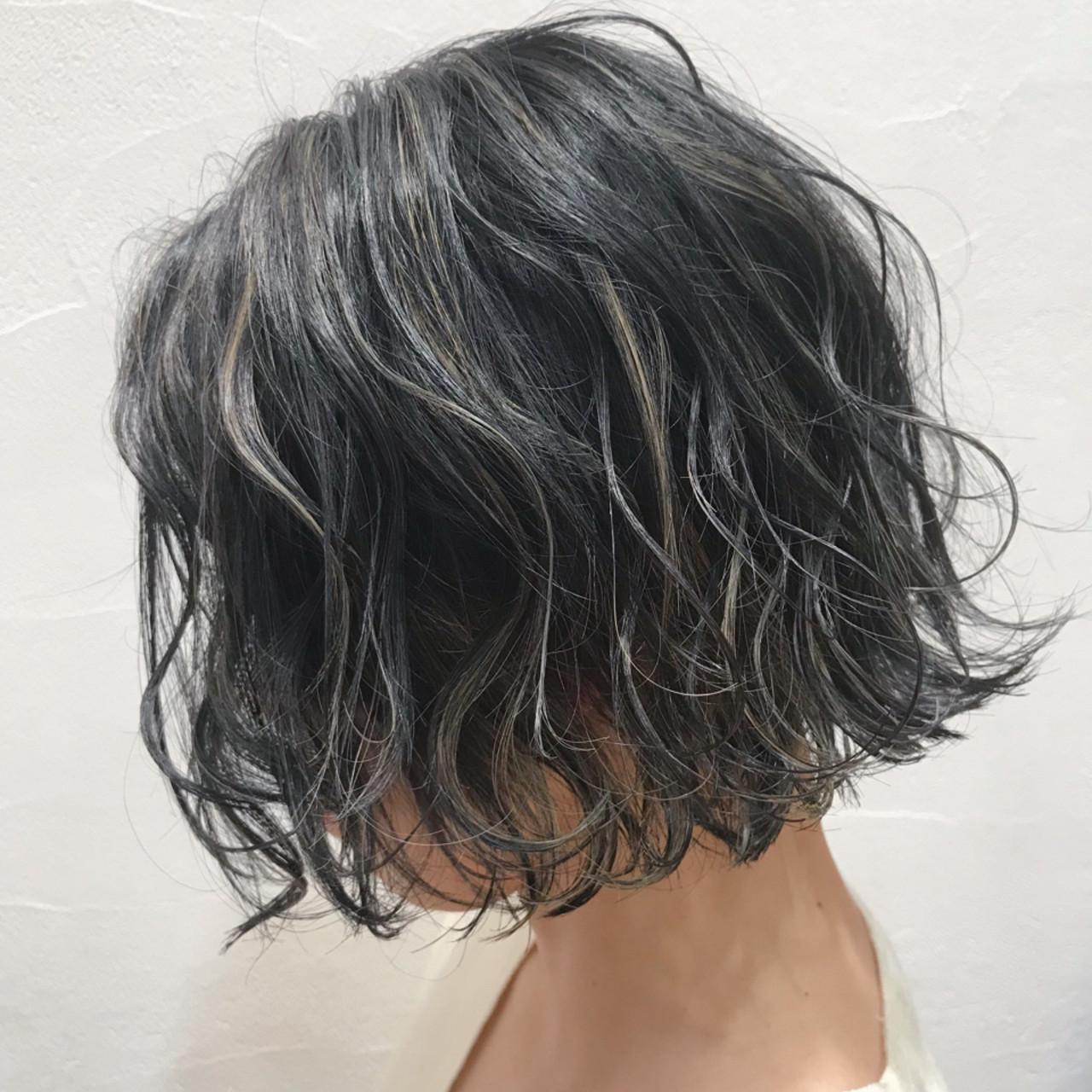 黒髪はハイライトで垢抜け♡ショート・ミディアム・ロング別