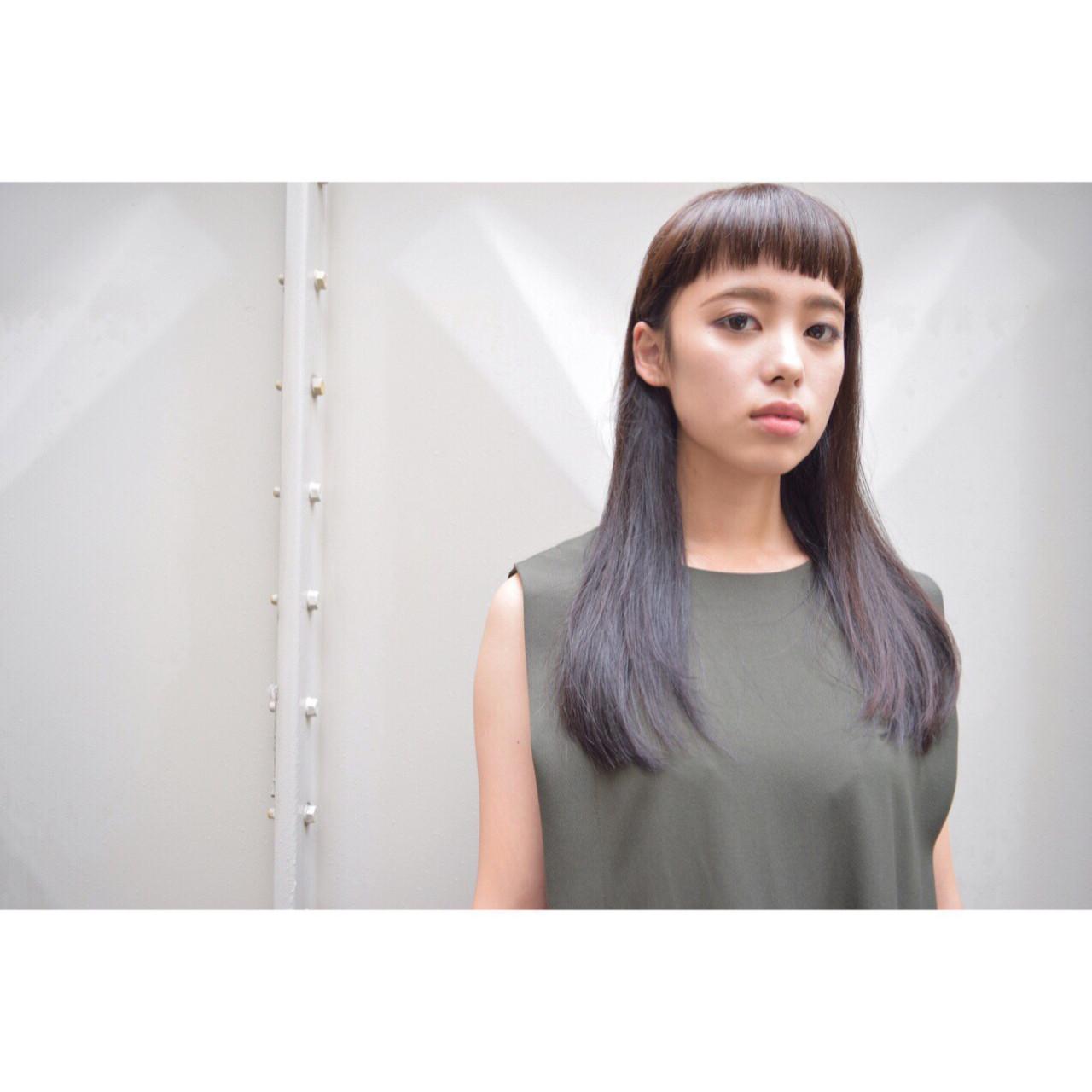 モード ロング ナチュラル オン眉 ヘアスタイルや髪型の写真・画像