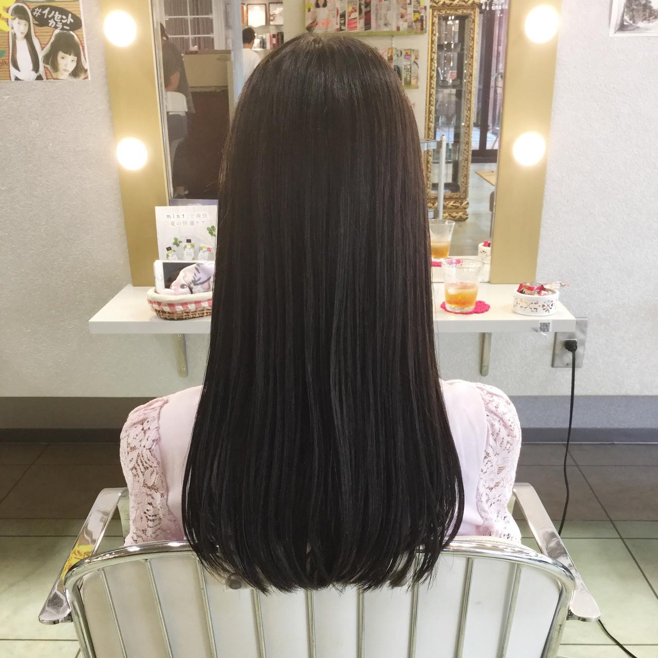 ストレート ロング 黒髪 オフィス ヘアスタイルや髪型の写真・画像