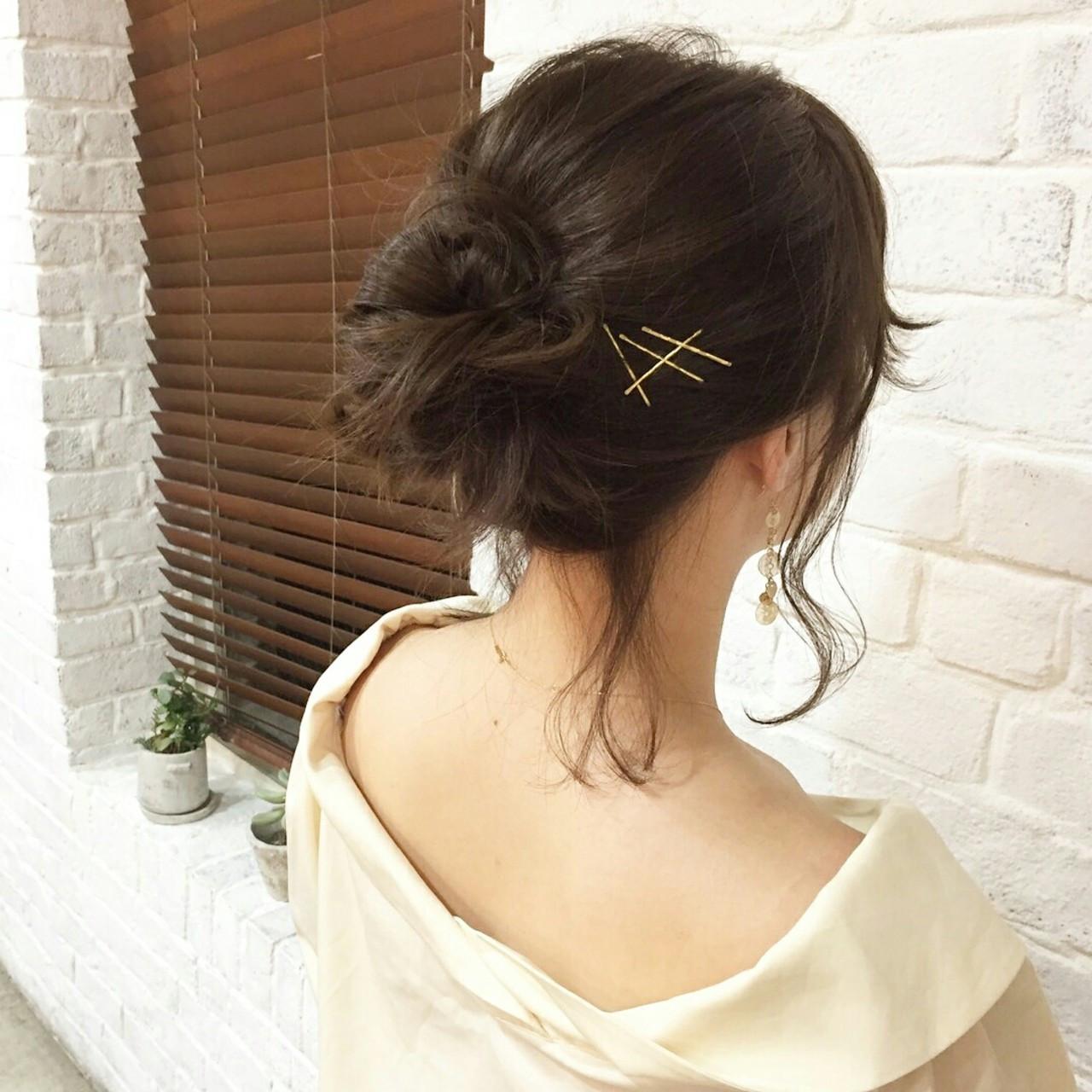 ミディアム フェミニン 抜け感 お団子 ヘアスタイルや髪型の写真・画像