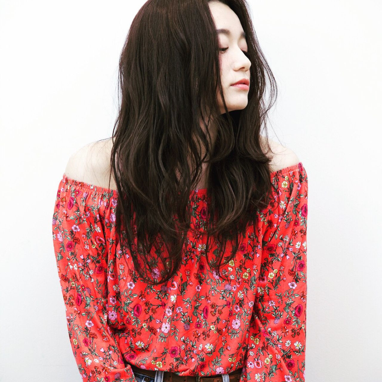 【ヘアカタログ】黒髪を活かしたヘアスタイル8選  佐藤友香