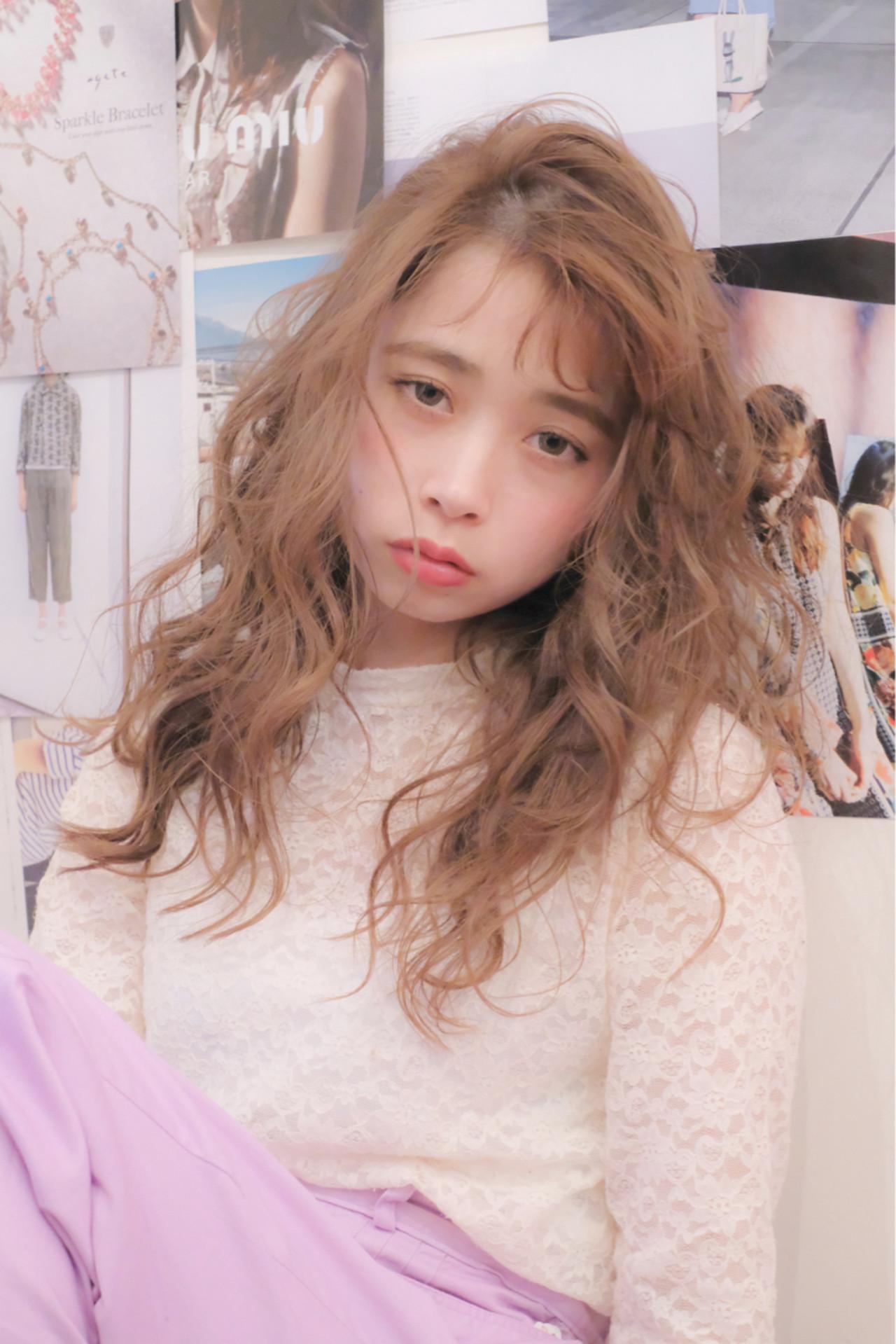 ガーリー ロング シースルーバング 大人女子 ヘアスタイルや髪型の写真・画像