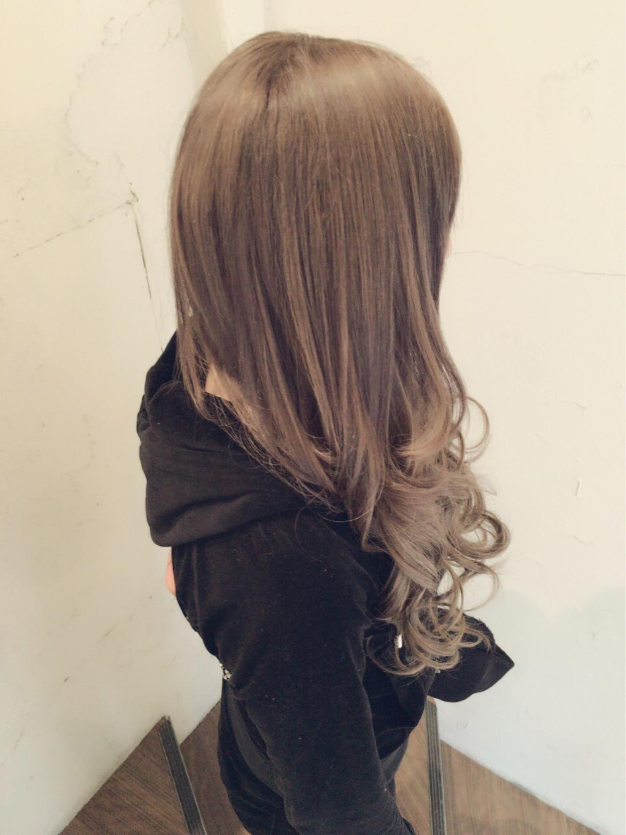 外国人風カラー ロング グレージュ エクステ ヘアスタイルや髪型の写真・画像