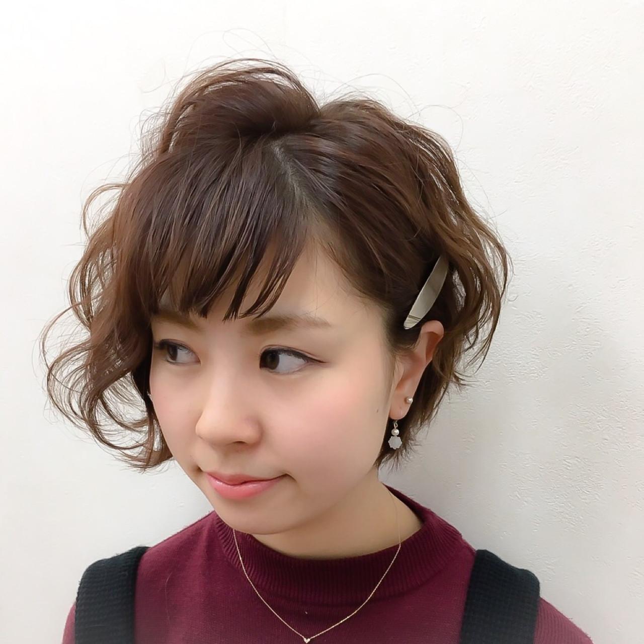 特別な日のスタイリング。意外と簡単にできるショートヘアアレンジ♡ Katsuhito Emori