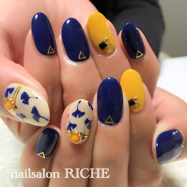 出典:nailsalon_RICHE
