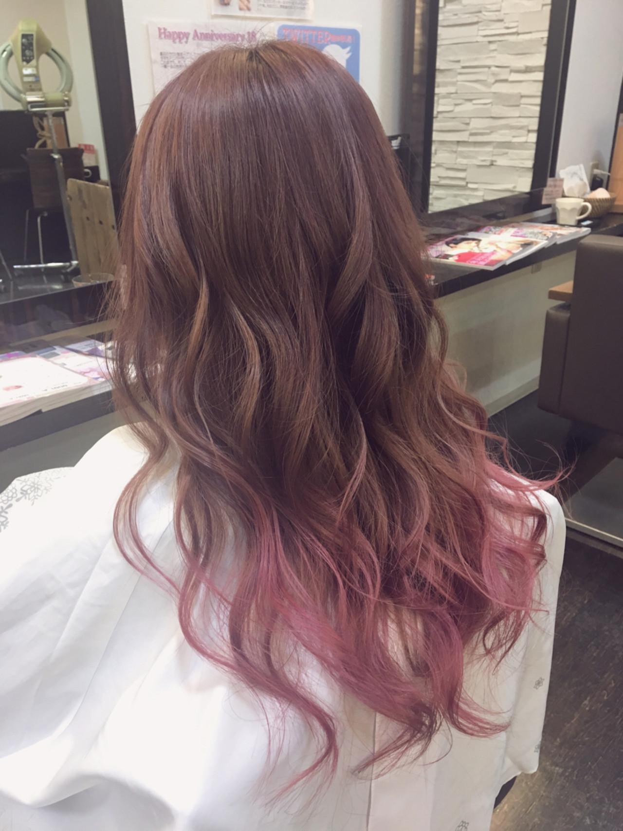 デート ロング パーマ ガーリー ヘアスタイルや髪型の写真・画像