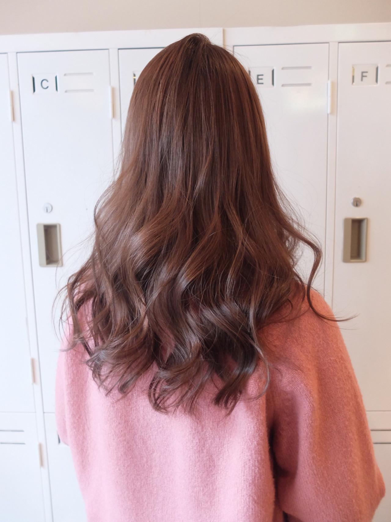 ニュアンス くせ毛風 ストリート 外国人風 ヘアスタイルや髪型の写真・画像