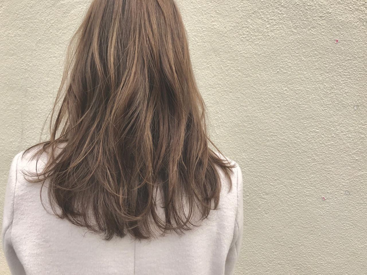 セミロング ハイライト 透明感 外国人風 ヘアスタイルや髪型の写真・画像