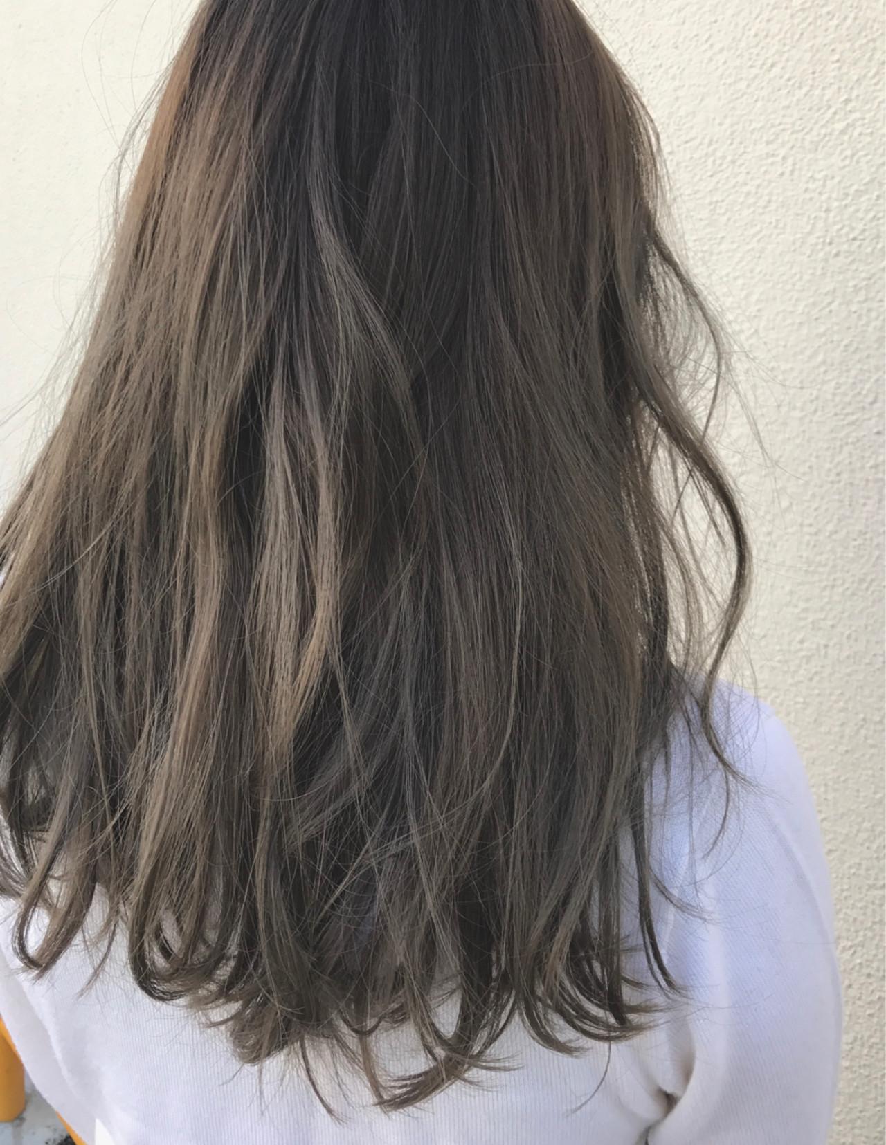 セミロング アッシュ ハイライト 外国人風 ヘアスタイルや髪型の写真・画像