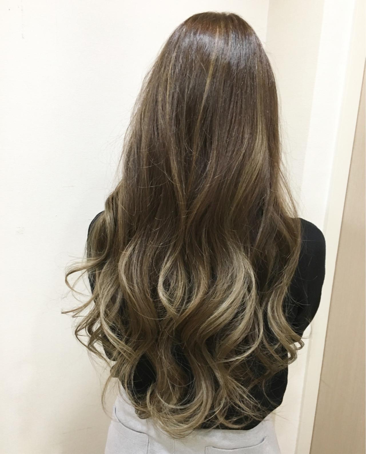 イルミナカラー 外国人風 グラデーションカラー ハイライト ヘアスタイルや髪型の写真・画像
