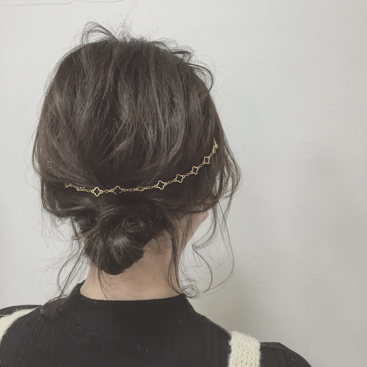 簡単ヘアアレンジ ボブ ショート カチューシャ ヘアスタイルや髪型の写真・画像