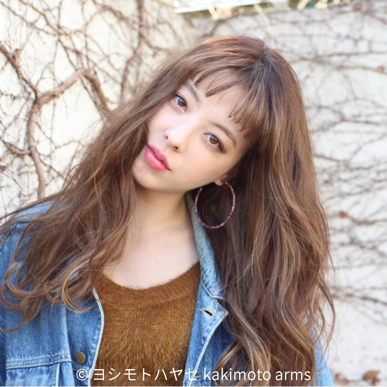 3Dカラー 前髪あり ロング フリンジバング ヘアスタイルや髪型の写真・画像