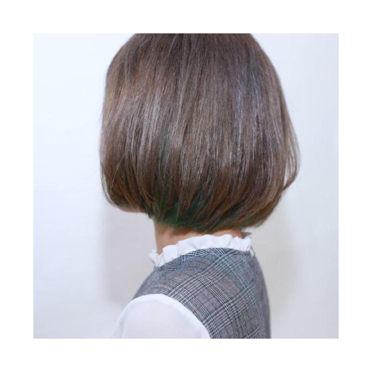 インナーカラー ハイトーン ストリート グレー ヘアスタイルや髪型の写真・画像