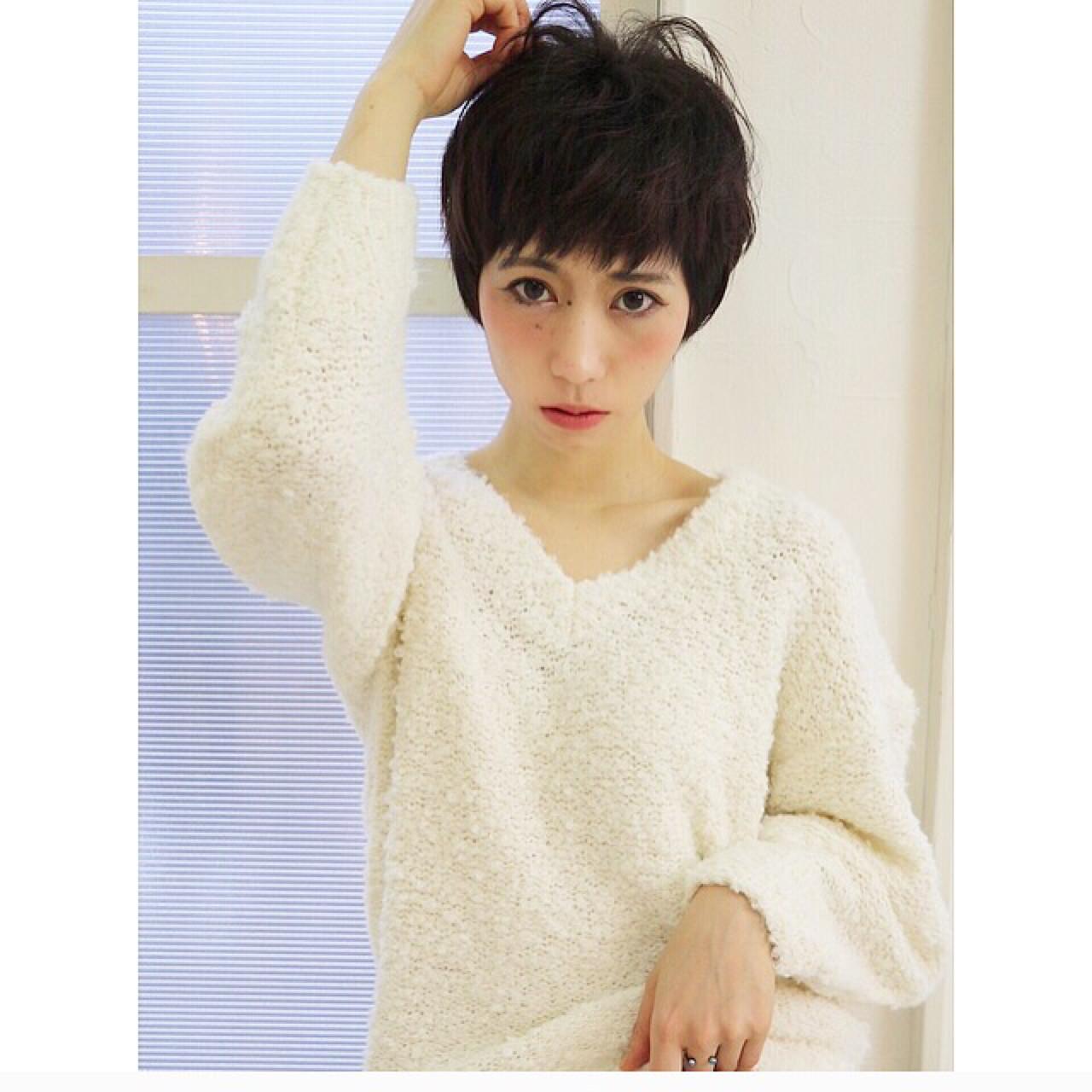 フェミニン ショートバング 小顔 ベリーショート ヘアスタイルや髪型の写真・画像